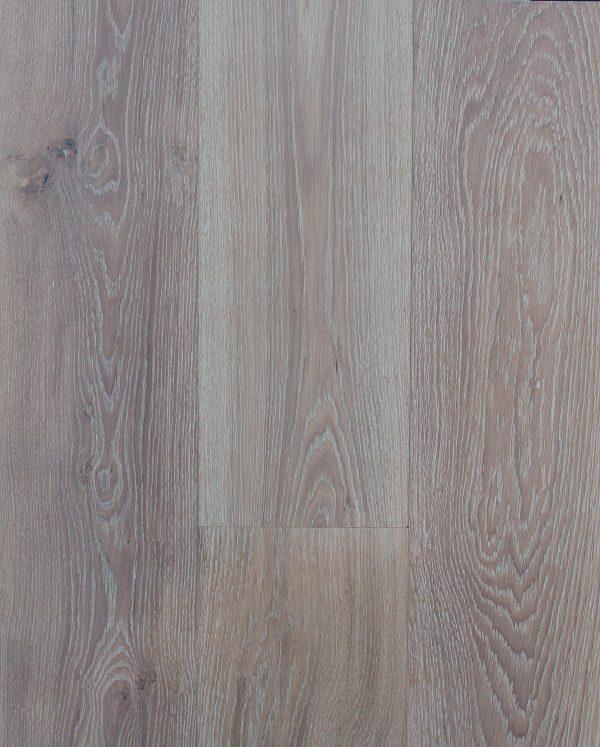 Elegant Sandy Oak