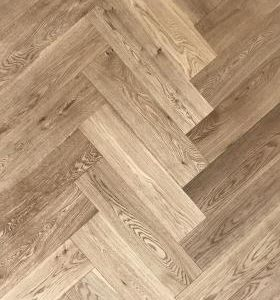 herringbone-brushed-natural-oak_v